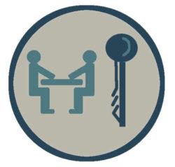 Дольщик получает ключи от квартиры
